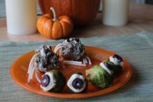 Halloween spider meatballs